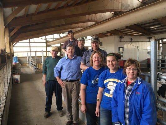 WSF 0511 Kind farm visit