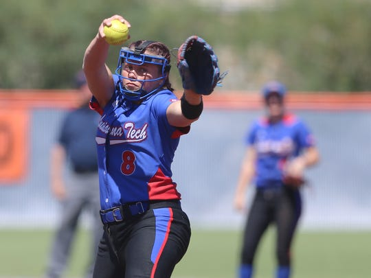 Louisiana Tech's Presiee Gallaway pitches for the Lady