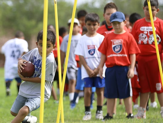 7 USA-Football-Camp-Comes-to-El-Paso.jpg