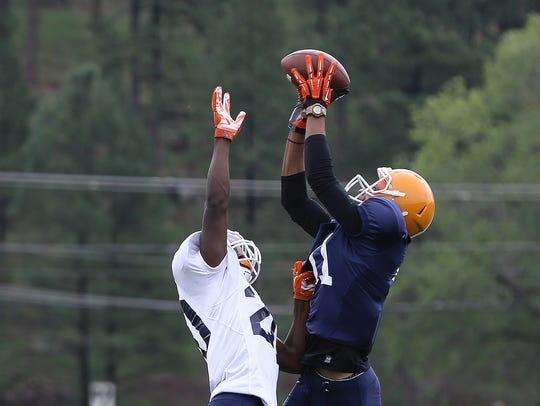 UTEP wide receiver Erik Brown catches a touchdown pass