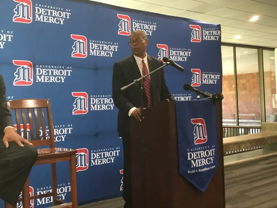 Detroit Mercy athletic director Robert Vowels introduces