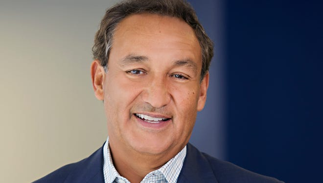 This undated photo provided by United Airlines shows the company's CEO, Oscar Munoz.