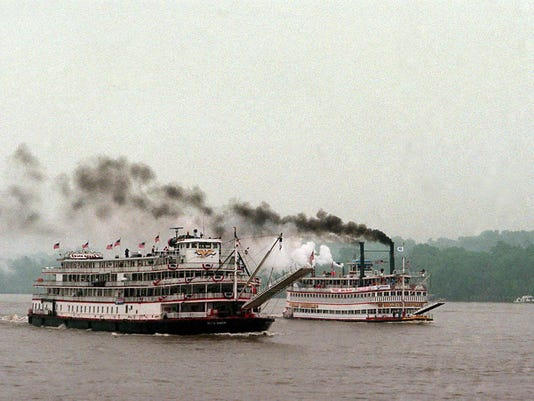 GREAT STEAMBOAT RACE