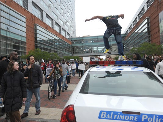 OJ won't bring charges against Baltimore officers in Freddie Gray case