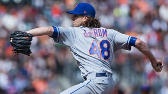 Mets starting pitcher Jacob deGrom (48) throws to the San Francisco Giants during the first inning at AT&T Park on Saturday, June 24, 2017.