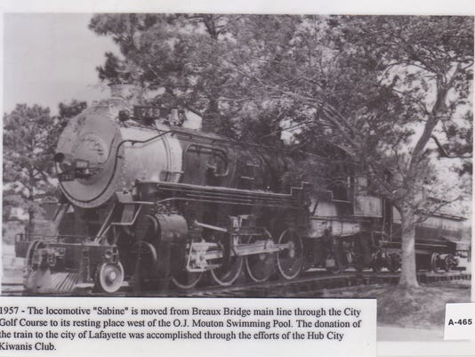 Locomotive Sabine moved to Breaux Bridge.jpg