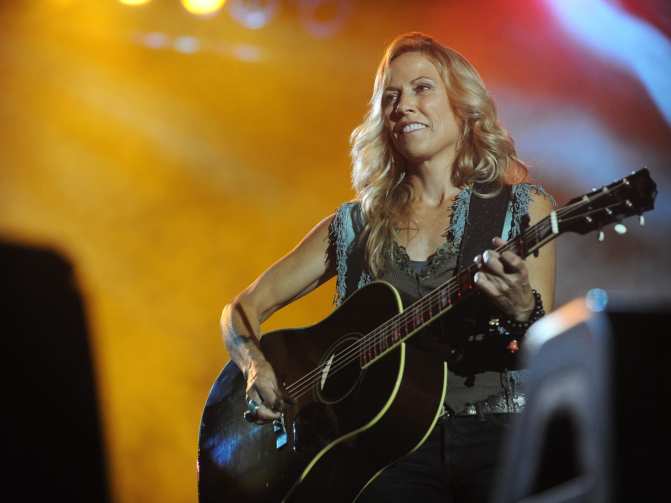 Sheryl Crow helped draw a total crowd of 125,000 to JazzFest at Yankton Trail Park in 2013.