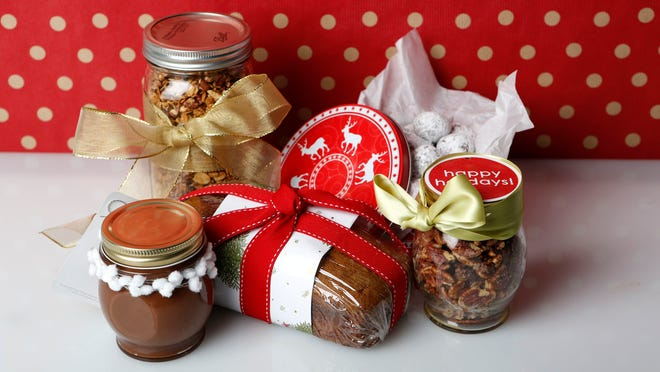 Chocolate-hazelnut spread, gingerbread granola, breakfast bread, chocolate snowballs and spicy rosemary pecans.