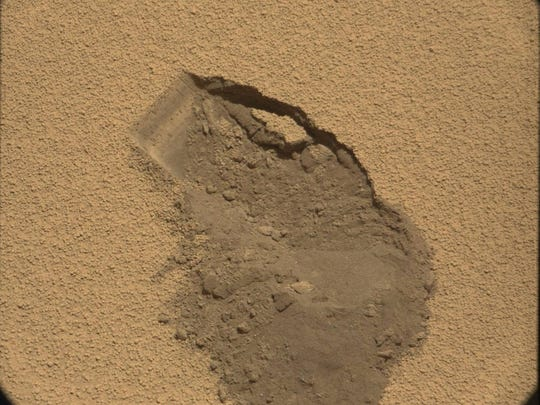 Curiosity's first scoop