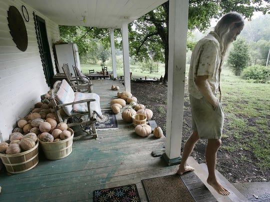 barefoot farmer jeff poppen