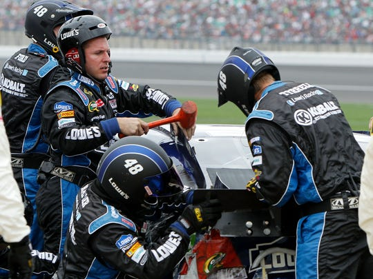 2012-10-21 johnson pit crew