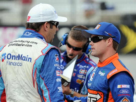 elliott sadler 11-14-2012