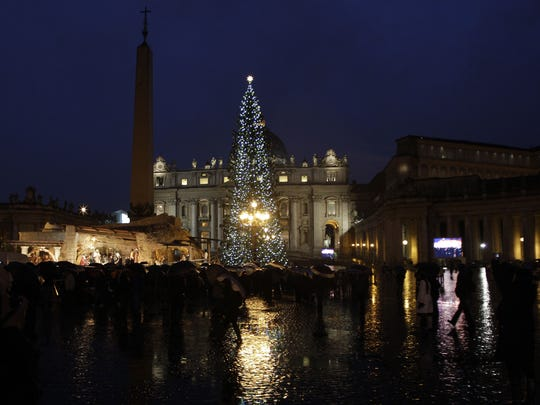Vatican Christmas St. Peter's Square