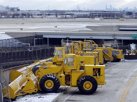 Snow plows Chicago