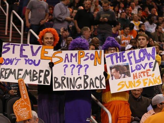 2013-01-30 Suns fans Steve Nash
