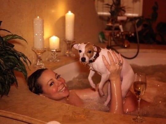 Mariah tub