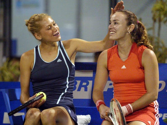 2013-3-3 hingis hall of fame kournikova rio 2005