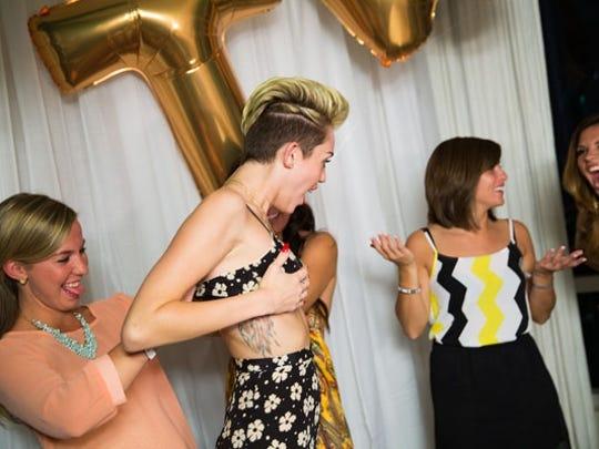 Miley wardrobe