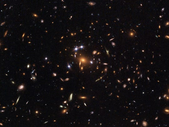 """Hubble's """"Five-Star"""" Rated Gravitational Lens"""