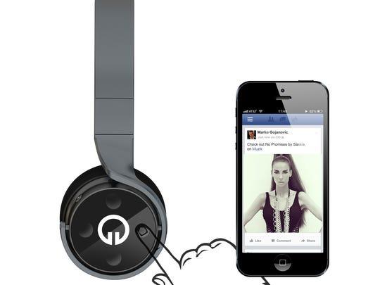 Muzik headphones.