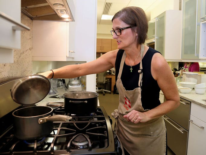 17 photos inside the meredith test kitchen for Better homes and gardens test garden