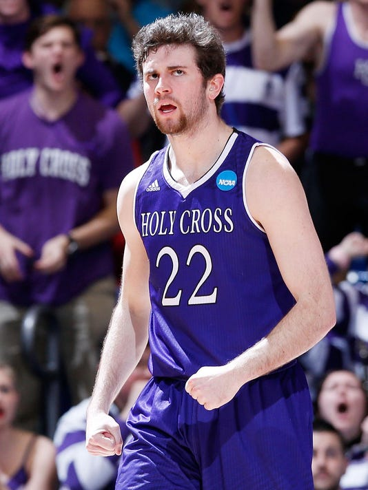 Holy Cross v Southern