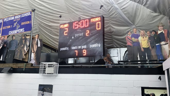 Scoreboard at the Ice Hutch in Mount Vernon