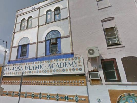 635851632330335687-mosque-screen-shot.jpg