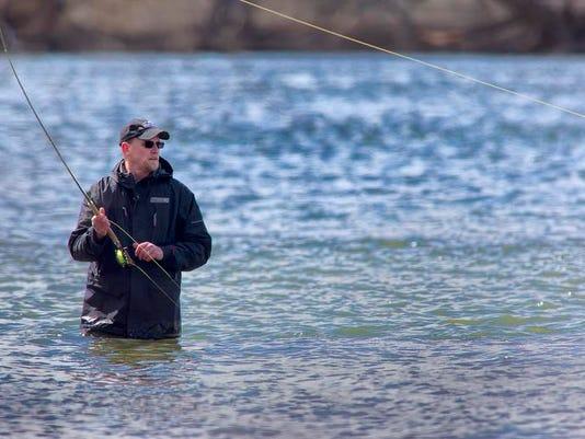 -Fly Fishing.jpg_20140331.jpg