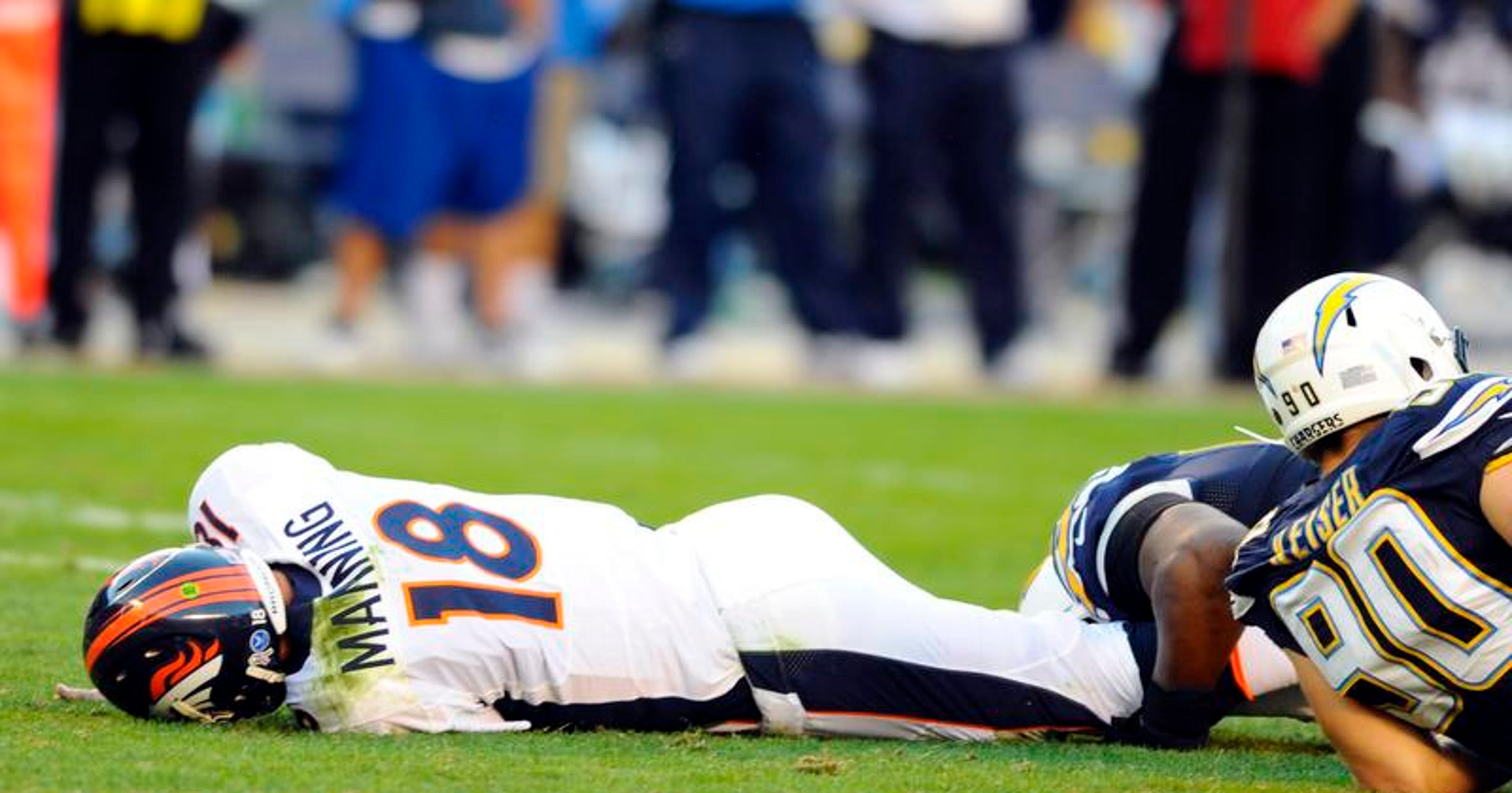 Broncos Shun Ploy Of Max Protection For Manning