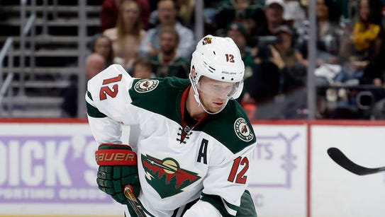 Minnesota Wild center Eric Staal (12) moves the puck