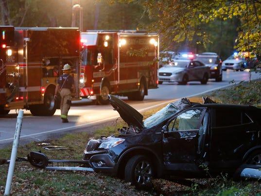 man killed in crash involving tarc bus id 39 d. Black Bedroom Furniture Sets. Home Design Ideas