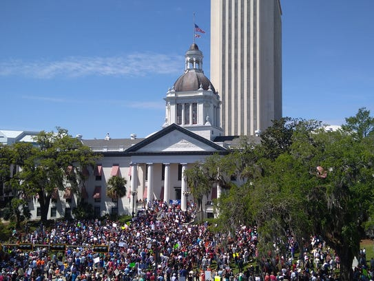 An aerial view of the Florida Capitol during the March