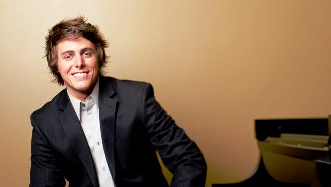Josh Wright will play Rachmaninoff's 3rd piano concerto.