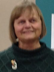 Linda, a volunteer at Manitowoc Public Library.