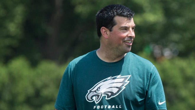 Ryan Day served as the quarterbacks coach on Chip Kelly's staff with the Eagles and 49ers in 2015 and '16 before joining Ohio State's staff last season.