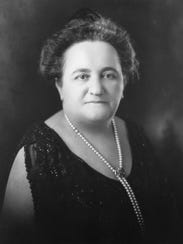 Eugenia Schuster.