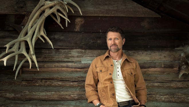 """Country singer Craig Morgan, whose latest single """"I'll Be Home Soon"""" is dedicated to soldiers, will perform Saturday during the Let Freedom Sing concert series at Freedom Crossing, Fort Bliss."""