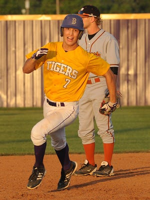 Benton's Cameron Horton will sign with UL Lafayette baseball on Thursday.
