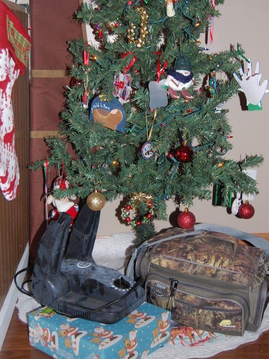 636166397050515596-12.11.16---Outdoorsy-Christmas.jpg