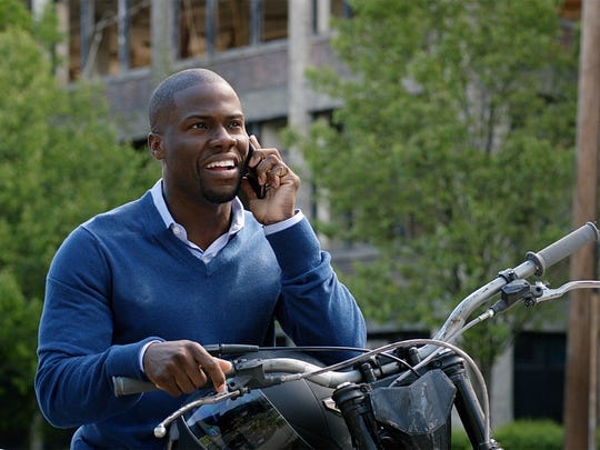 """Kevin Hart plays Calvin, an accountant, in """"Central"""
