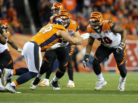 Cincinnati Bengals offensive guard Clint Boling (65)