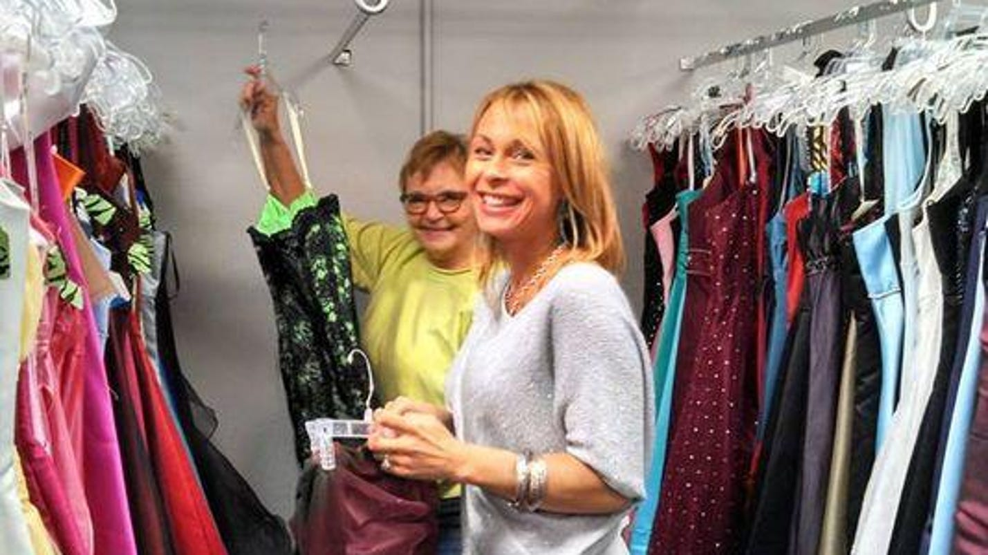 Lacasa Annual Cinderella S Closet Opens Today