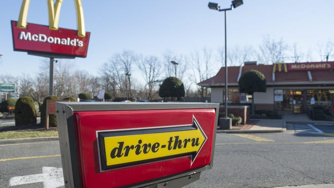 In this December 30, 2014 file photo, a McDonalds fast food restaurant is seen in Alexandria, Virginia.