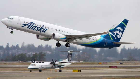 An Alaska Airlines Boeing 737 takes off from Seattle-Tacoma