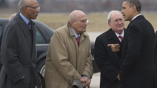 President Obama in 2012 with a group of Michigan lawmakers, including John Dingell (second from left).