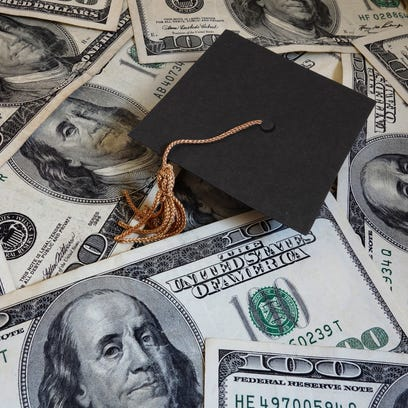 Database: Average U.S. student debt by college