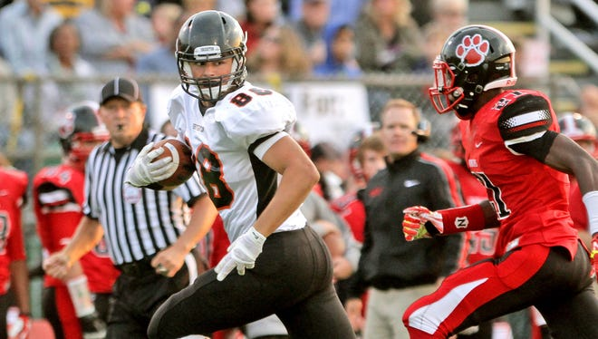 Alexx Zielinski had committed to Central Michigan, but last month's departure of coach Dan Enos ultimately led him to sign with Miami of Ohio, where he will play tight end for the Redhawks.