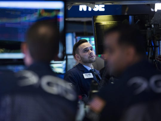 Dow Industrials Cross 26,000 For First Time 7 Sessions After Passing 25,000