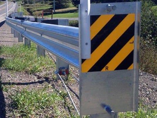 040517x-lite-guardrail-end.jpg